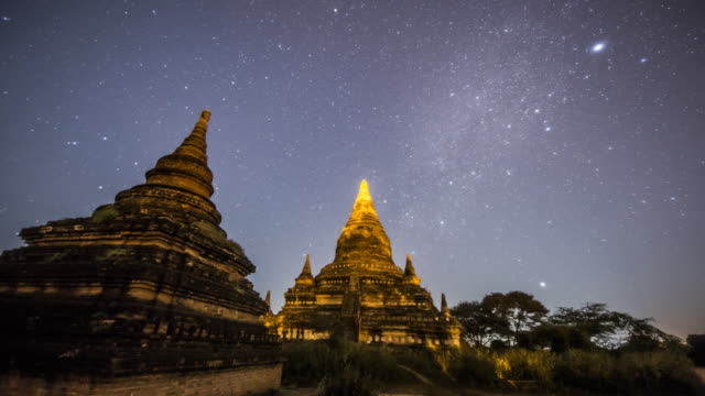 myanmar - ruins of pagoda with the stars and galaxy - old ruin stock videos & royalty-free footage