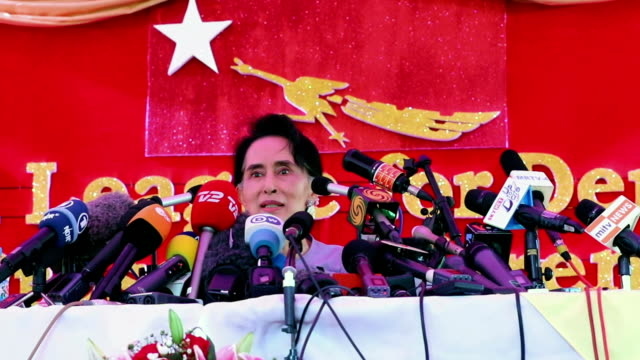 Myanmar's opposition leader Aung San Suu Kyi addressed the media at a press conference on November 5 2015 in YangonMyanmar She said she would be...