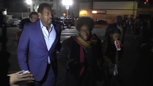 mykelti williamson outside egyptian theatre in hollywood in celebrity sightings in los angeles, - ミケルティ ウィリアムソン点の映像素材/bロール