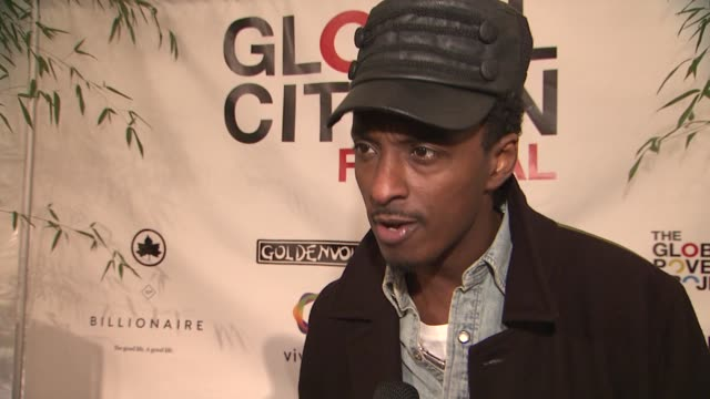 k'naan on the energy in the crowd on what global citizen means to him at global citizen festival in central park to end extreme poverty at central... - great lawn stock videos and b-roll footage