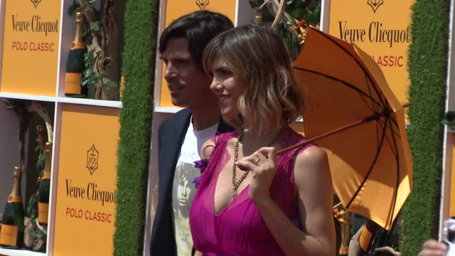 nacho figueras and delfina blaquier at the fifth annual veuve clicquot polo classic at liberty state park on june 02 2012 in jersey city new jersey - 動物を使うスポーツ点の映像素材/bロール