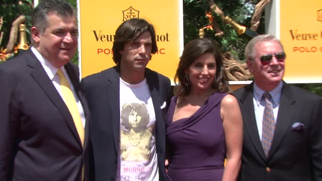 nacho figueras and vanessa kay at the fifth annual veuve clicquot polo classic at liberty state park on june 02 2012 in jersey city new jersey - 動物を使うスポーツ点の映像素材/bロール