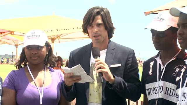 nacho figueras talks about his involvement at the fifth annual veuve clicquot polo classic at liberty state park on june 02 2012 in jersey city new... - 動物を使うスポーツ点の映像素材/bロール