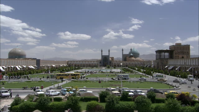WS Naghsh-e Jahan Square with Imam Khomeini Mosque and Sheikh Lotfollah Mosque in background, Isfahan, Iran