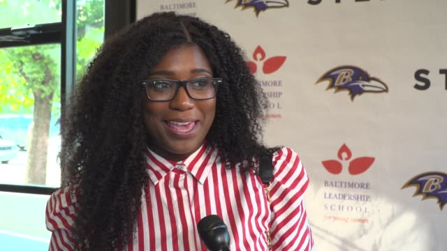 "interview najia johnson on the event at the baltimore leadership school for young women hosts hometown premiere of sundance sensation ""step"" in... - hometown bildbanksvideor och videomaterial från bakom kulisserna"