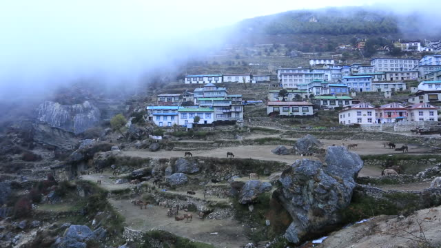 namche bazar village, sagarmatha national park, himalayan mountains, nepal - mt everest national park stock videos and b-roll footage