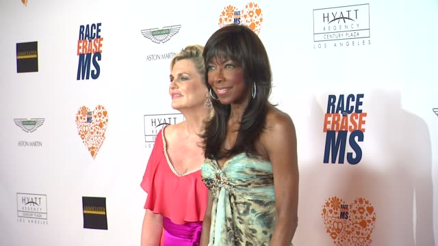 nancy davis, natalie cole at the 21st annual race to erase in los angeles, ca 5/2/14 - ナンシー デイヴィス点の映像素材/bロール