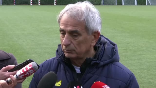 Nantes coach Vahid Halilhodzic pays tribute to his former striker Emiliano Sala whose plane went missing over the Channel three days ago