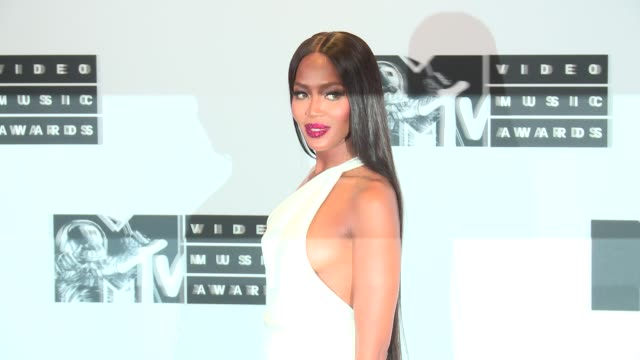 naomi campbell at 2016 mtv video music awards press room at madison square garden on august 28 2016 in new york city - mtv video music awards stock videos & royalty-free footage