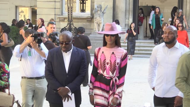 stockvideo's en b-roll-footage met naomi campbell attends the valentino haute couture fall/winter 2019 2020 show as part of paris fashion week on july 03 2019 in paris france - week