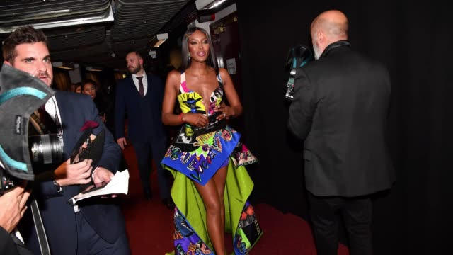 naomi campbell backstage at the fashion awards 2017 at royal albert hall on december 4 2017 in london england - naomi campbell stock videos & royalty-free footage