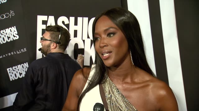 stockvideo's en b-roll-footage met interview naomi campbell on music and fashion at fashion rocks 2014 at barclays center on september 09 2014 in new york city - naomi campbell