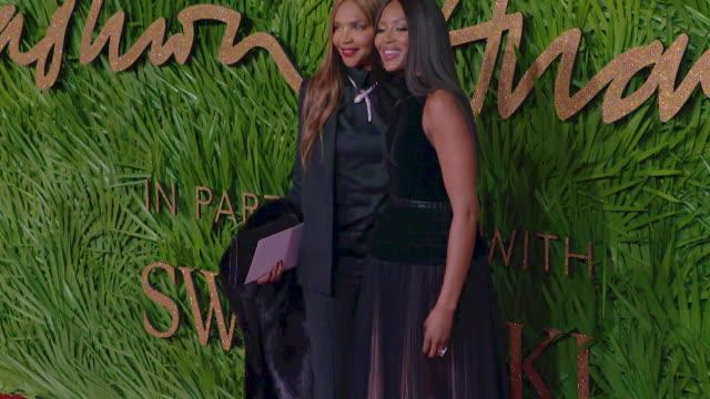 naomi campbell valerie morris at the fashion awards 2017 at royal albert hall on december 04 2017 in london england - 2017 bildbanksvideor och videomaterial från bakom kulisserna