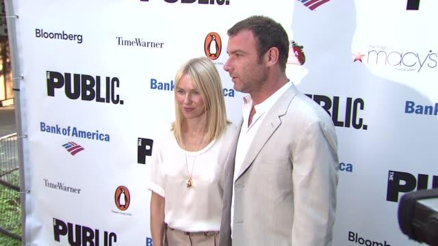 naomi watts and liev schreiber at the 2010 public theater gala at new york ny. - ブランド ステラマッカートニー点の映像素材/bロール