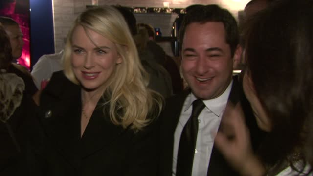 naomi watts at celebrities visit the samsung galaxy lounge day 1 on 1/18/13 in park city utah - 1日目点の映像素材/bロール