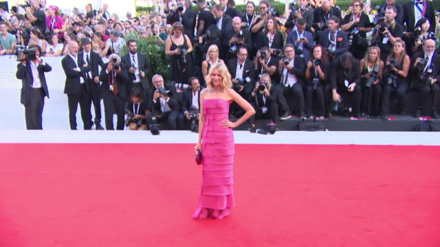 stockvideo's en b-roll-footage met naomi watts at first man red carpet arrivals opening ceremony and lifetime achievement award to vanessa redgrave 75th venice film festival on august... - mark watts