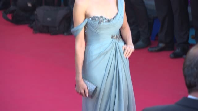 naomi watts at 'how to train your dragon 2' red carpet at palais des festivals on may 16 2014 in cannes france - how to train your dragon stock videos & royalty-free footage