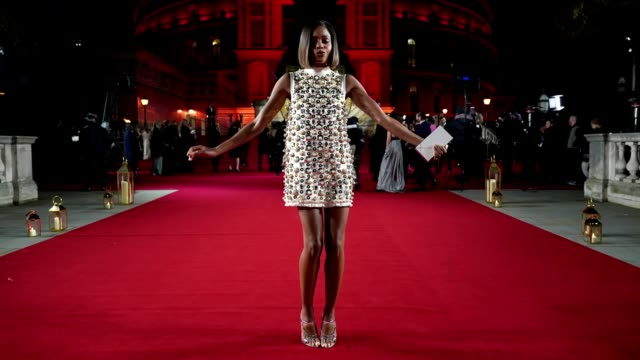 GIF Naomie Harris at The Fashion Awards 2018 In Partnership With Swarovski at Royal Albert Hall on December 10 2018 in London England