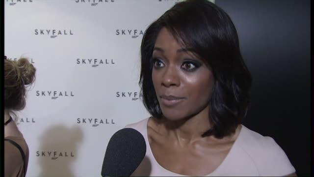naomie harris on preparing for the new film at the 23rd bond skyfall interviews on november 03 2011 in london england - skyfall stock videos and b-roll footage