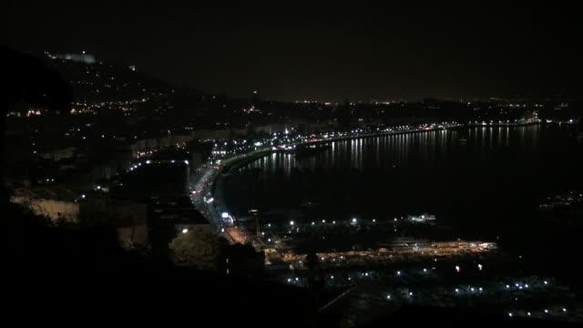 naple ベイ夜には、交通渋滞や照明、海岸沿い - ナポリ点の映像素材/bロール