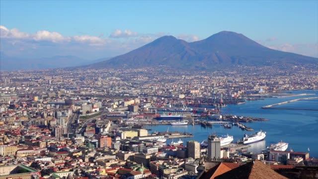 Naples-Waterfront mit vesuvio