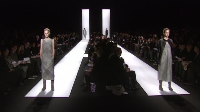 narciso rodriguez fashion show - mercedes benz fashion week fall 2011, new york, ny, united states, 02/15/11. - イベントまとめ動画点の映像素材/bロール