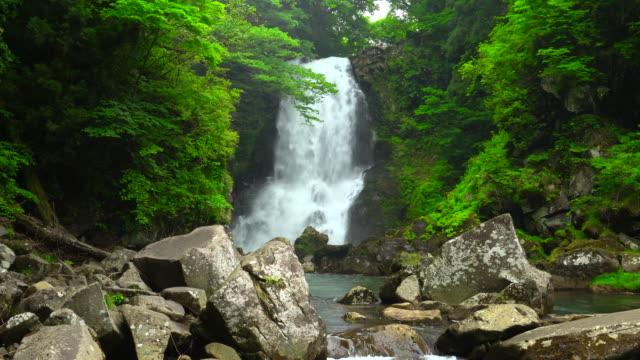 nasono 白滝滝 - 鳥海山点の映像素材/bロール