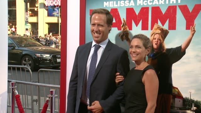 """nat faxon and meaghan gadd at the """"tammy"""" los angeles premiere at tcl chinese theatre on june 30, 2014 in hollywood, california. - tcl chinese theatre stock videos & royalty-free footage"""