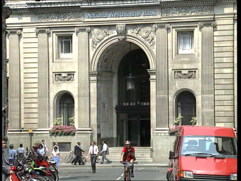 nat west fall in profita/ recession:; ? nat west hq building cr802 25.7.89 itn - recession stock videos & royalty-free footage