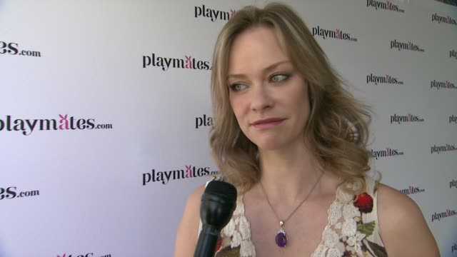 vídeos y material grabado en eventos de stock de interview natalia sokolova on being at the event best dating advice at the playboy's 2014 playmate of the year announcement reception on may 15 2014... - revista playboy