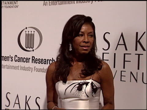 natalie cole at the eif courage awards at the regent beverly wilshire hotel in beverly hills, california on march 1, 2004. - regent beverly wilshire hotel stock videos & royalty-free footage