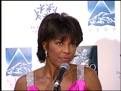 natalie cole at the sinatra's 80 years my way at the shrine auditorium in los angeles, california on november 19, 1995. - shrine auditorium stock-videos und b-roll-filmmaterial