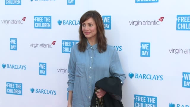 natalie imbruglia, connor maynard, princess beatrice, richard, sam & holly branson at we day uk at wembley arena on march 5, 2015 in london, united... - wembley arena stock videos & royalty-free footage