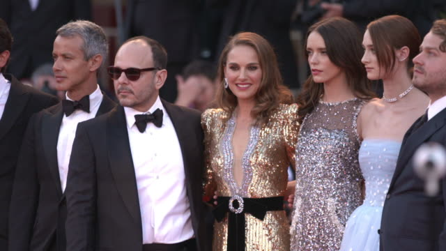natalie portman and the cast of 'vox lux' red carpet arrivals 75th venice film festival at palazzo del casino on august 31 2016 in venice italy - film festival stock videos & royalty-free footage