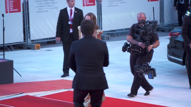 natalie portman arrives on the red carpet of 'vox lux' during the 75th venice film festival on september 4 2018 in venice italy - film festival stock videos & royalty-free footage