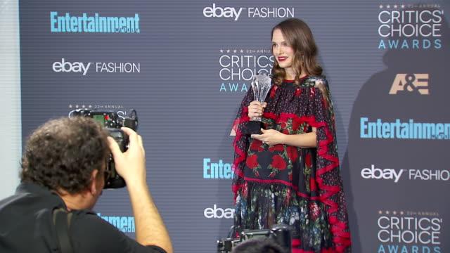 vídeos y material grabado en eventos de stock de natalie portman at 22nd annual critics' choice awards in los angeles ca - natalie portman