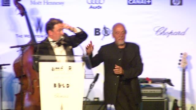 vídeos y material grabado en eventos de stock de natalie portman at the cannes amfar auction in cannes on may 22 2008 - natalie portman