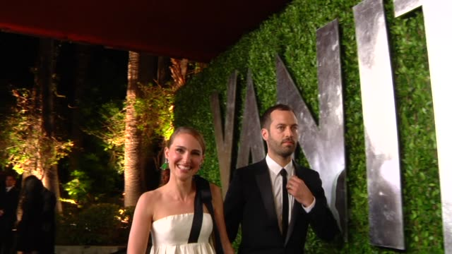 natalie portman & benjamin millepied at the 2013 vanity fair oscar party hosted by graydon carter natalie portman & benjamin millepied at the 2013 at... - oscar party stock videos & royalty-free footage