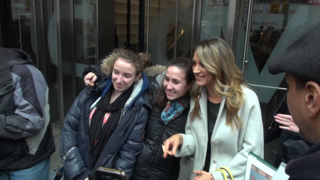 natalie zea at the vh1 studio in new york ny on 3/11/13 - vh1 stock-videos und b-roll-filmmaterial