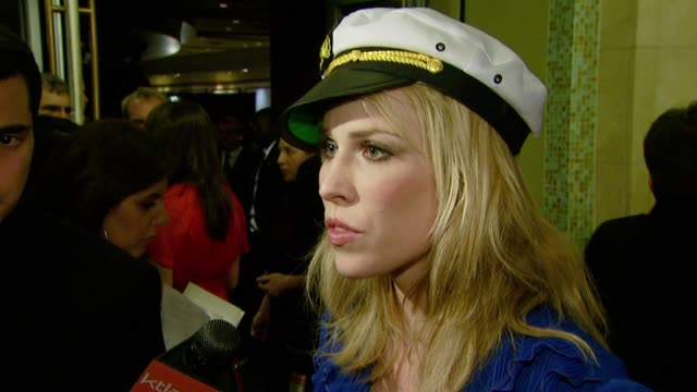 vidéos et rushes de natasha bedingfield on the media asking celebrities personal questions and on her songwriting process at the ascap's 25th annual pop music awards at... - ascap