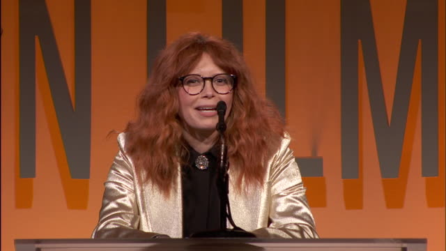 speech natasha lyonne at 2019 women in film annual gala presented by max mara with additional support from partners delta air lines and lexus at the... - delta air lines stock-videos und b-roll-filmmaterial