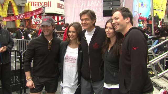 nate berkus jessica alba dr mehmet oz jessica biel and jimmy fallon at the 14th annual entertainment industry foundation revlon run/walk for women at... - jimmy fallon stock videos and b-roll footage