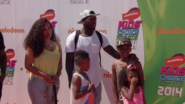 vídeos de stock e filmes b-roll de nate robinson nickelodeon kids' choice sports awards 2014 at pauley pavilion on july 17 2014 in los angeles california - nickelodeon