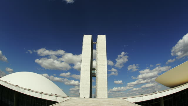 t/l, ms, fish eye, national congress building, brasilia, brazil - brasilia stock videos and b-roll footage