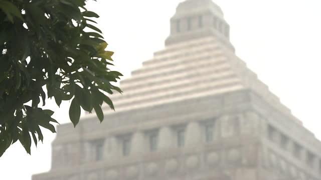 cu, national diet building in snow, tokyo, japan - parliament building stock videos & royalty-free footage