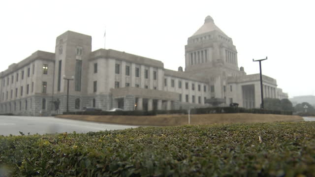 national diet building in snow, tokyo, japan - parliament building stock videos & royalty-free footage