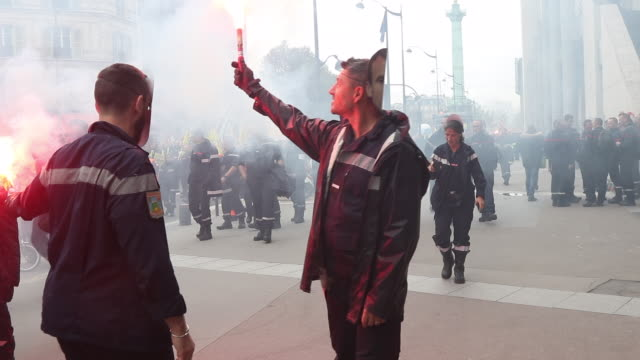 national firefighters demonstration in paris on october 15 2019 to denounce the lack of staff and the recognition of their profession the unions... - president stock videos & royalty-free footage