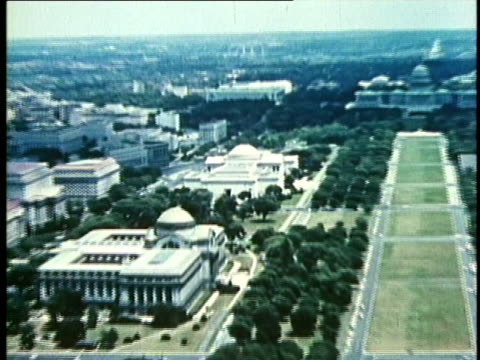 1958 montage ws ha zi us national gallery of art / the mall, washington dc / audio - anno 1958 video stock e b–roll