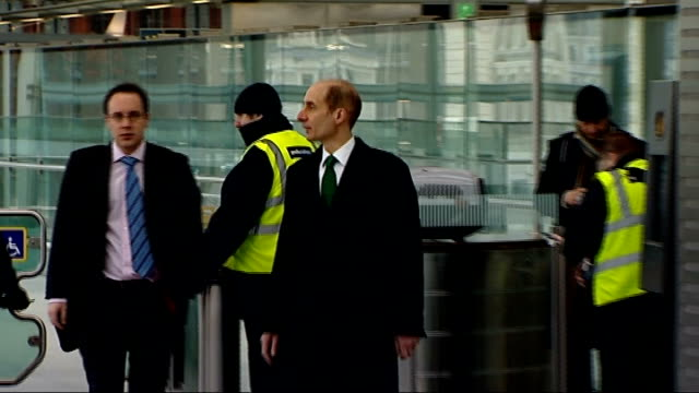 Lord Adonis ENGLAND London St Pancras INT Southeastern high speed train at platform 'Southeastern high speed' on side of train as passengers walk...