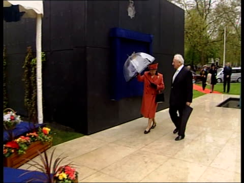 national memorial unveiled for officers killed in the line of duty england london hyde park ext car carrying queen elizabeth ii arriving queen... - michael winner stock videos & royalty-free footage